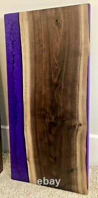 Conseil De Coupe De Fromage De Charcuterie En Bois De Noyer À Résine Époxy Purple Personnalisée 23 X 12